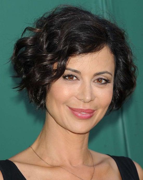 Короткие стрижки для волнистых и вьющихся волос: актуальные фото