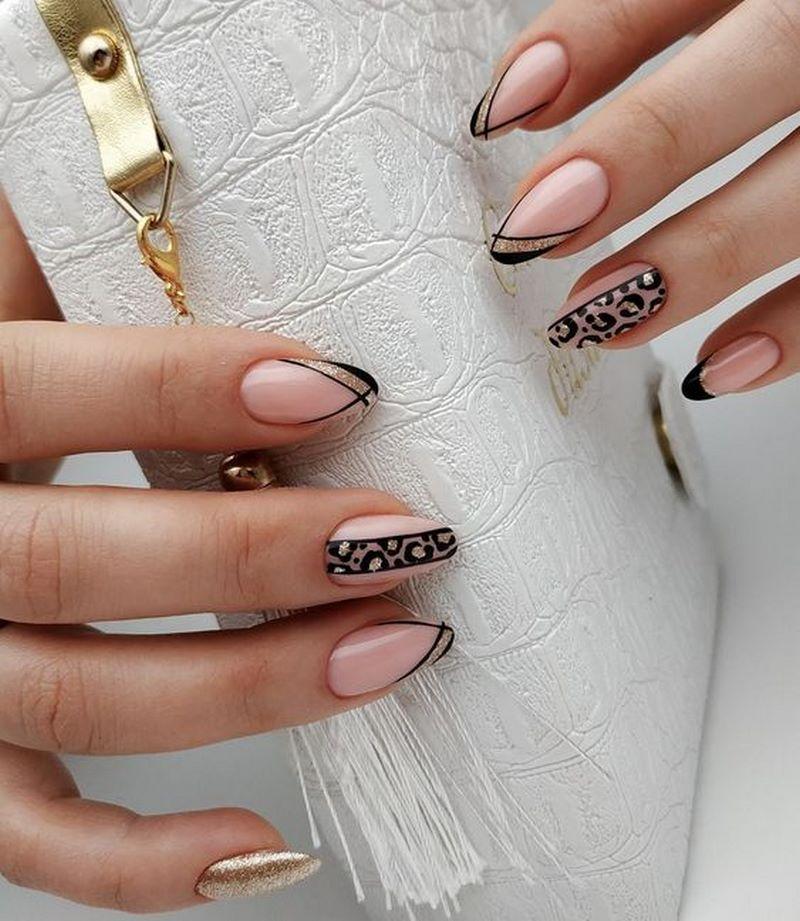 Актуальный нюдовый маникюр 2021: фото новинки трендового дизайна ногтей