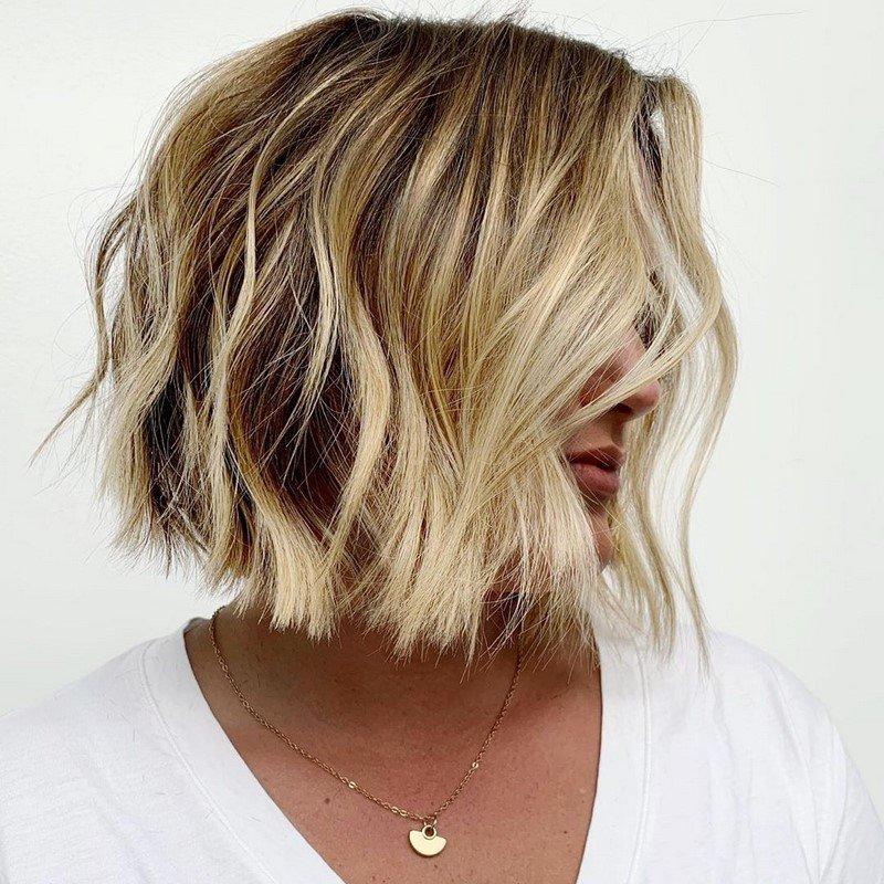 Женская стрижка боб 2021. Модные варианты стрижки и окрашивания