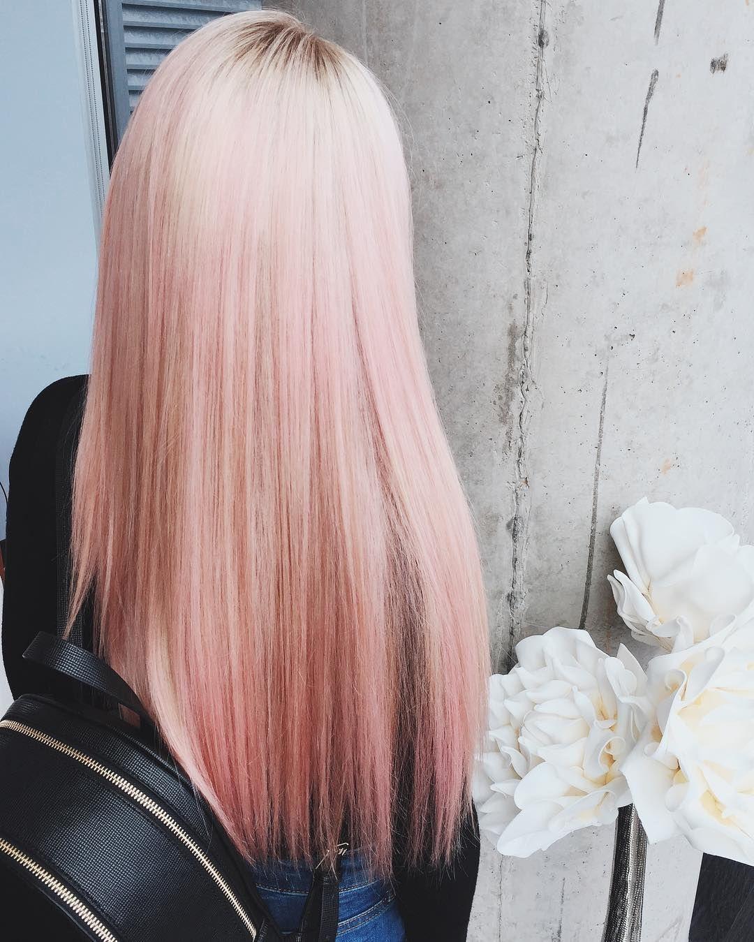 Окрашивание с золотым розовым оттенком: модный тренд 2021
