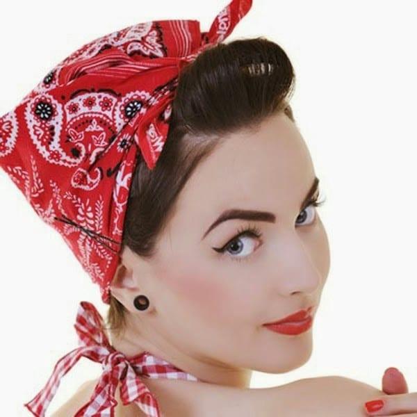 Фото красивых и модных причесок с платком