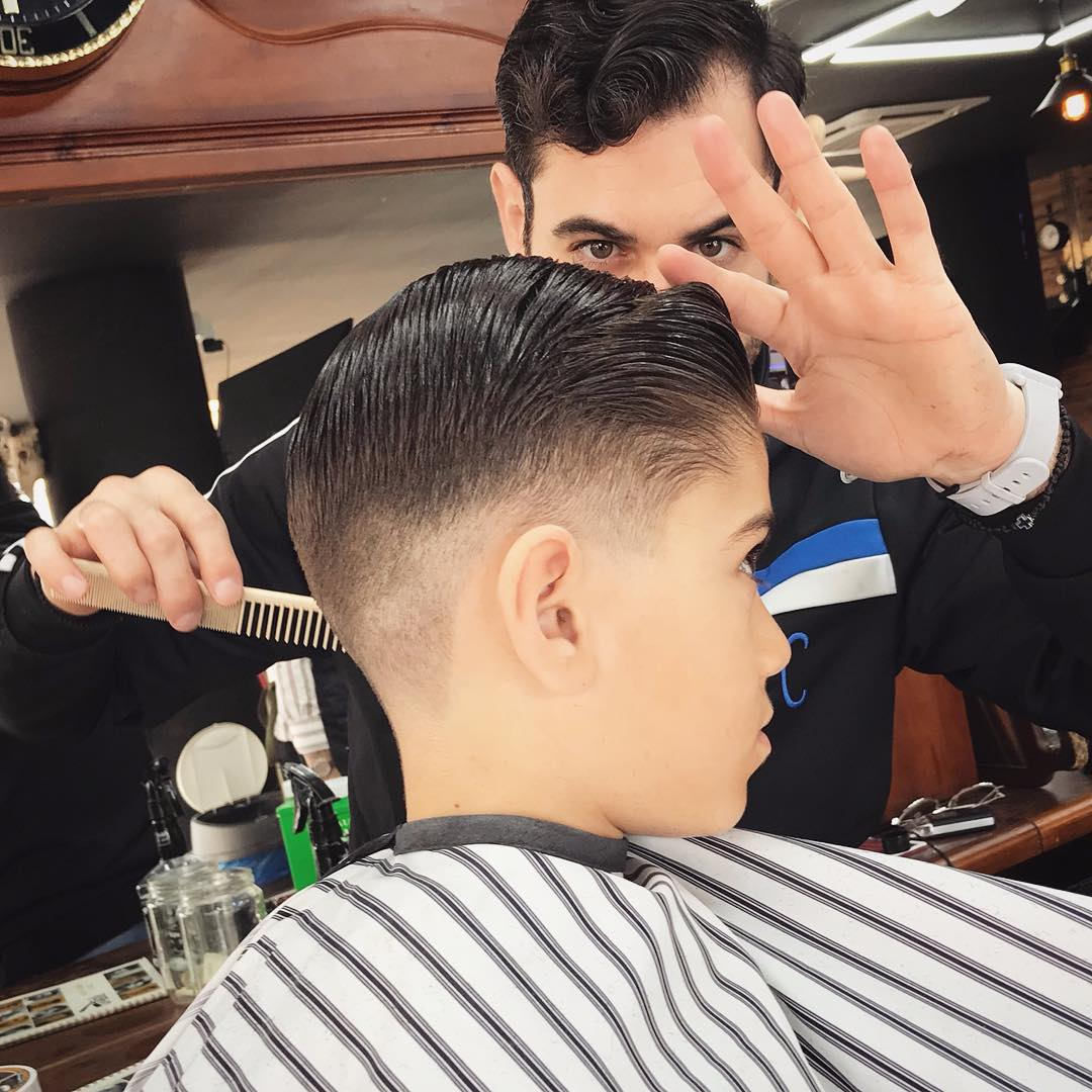 Мужская стрижка полубокс — самая практичная и универсальная стрижка. Разные варианты полубокса с фото