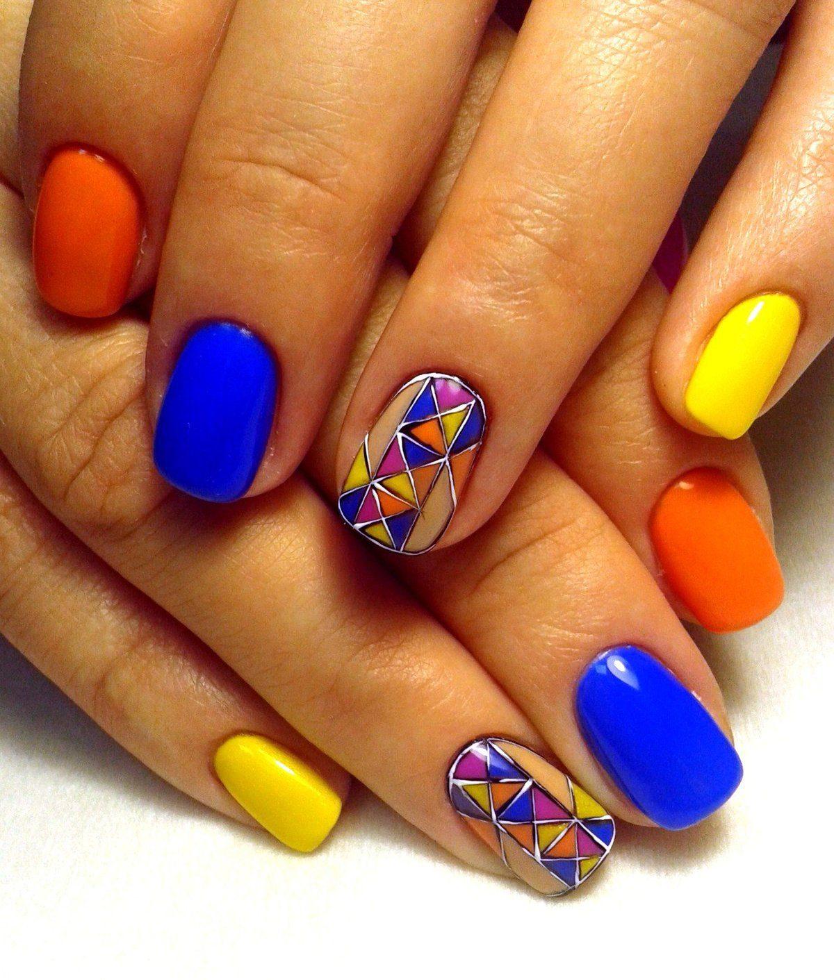 Красивые сочетания цветов в маникюре. 200 фото новинок модных идей на короткие и длинные ногти
